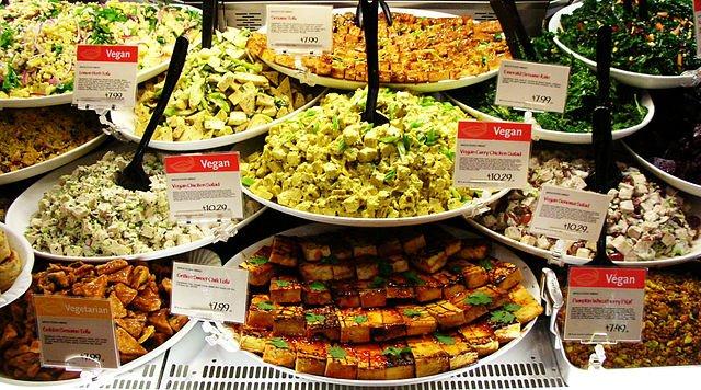 Alimentos vegetarianos e veganos. [1]